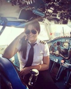 More attractive female airline crew, ground staff and flight attendants wearing uniforms with very tight skirts: . Pilot Uniform, Airline Pilot, Female Pilot, Civil Aviation, Aviation Fuel, Aviators Women, Air France, Cabin Crew, Flight Attendant