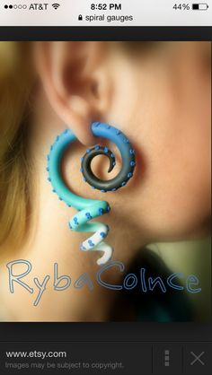 Black and blue octopus spiral ☺️