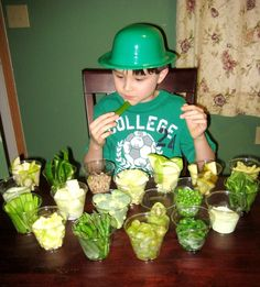 Love this spread of healthy green fruit and veggies for St. Patty's Day.