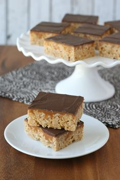 Whatchamacallit Krispie Treats (caramel, peanut butter and chocolate, oh my!) - by Glorious Treats