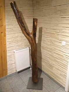 Holzdesign mit alten Ästen