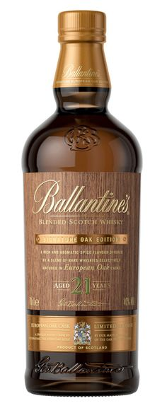 Ballantine's 21 Year Old Signature Oak Edition Whisky Cigars And Whiskey, Scotch Whiskey, Alcohol Bottles, Liquor Bottles, Peach Drinks, Blended Whisky, Rum Bottle, Strong Drinks, Malt Whisky