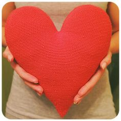 Big heart - toy or pillow! Free pattern!