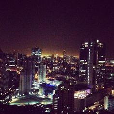 Roof top bar Mumbai so amazing !