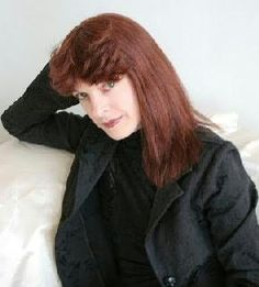 Kim Harrison    anything by this woman