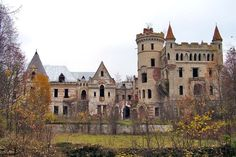 The Castle Estate of Khrapovitsky – Abandoned Muromtsevo Mansion in Russia – Abandoned Playgrounds