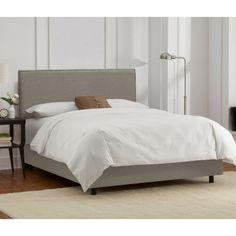 Arcadia Nailbutton Border Linen Bed Collection
