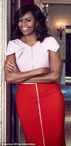 First Lady Michelle Obama Michelle Obama Quotes, Michelle And Barack Obama, Presidents Wives, Black Presidents, American Presidents, Beautiful Black Women, Beautiful People, Simply Beautiful, Barack Obama Family