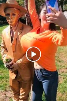 Fun With Statues, Girl Pictures, Funny Pictures, Batman Comic Art, Diy Hair Mask, Stylish Dresses For Girls, Funny Short Videos, Pop Singers, Girl Gifs