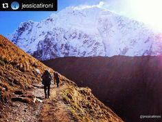 Foto @jessicatironi  Trilha Salkantay - Peru. Uma das trilhas que leva até Machu Picchu. Mais uma foto da galeria da Jessica por aqui :) . . . #montanhismo #bemnaturalmontanhismo #mountain #mountains #trilhasetravessias #trilhandomontanhas #trilheirasdobrasil #trilheirosdobrasil #aventureirosbr #adventuregirl #adventure #suaaventura #discoversouthamerica #mountaingirl #intothewild #ventureout #travelsouthamerica #hike #hiking #hikingmountains #mountainscenery #mountainhiking #exploremore…