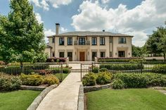 Italian style 14,000 sq. ft. mansion In Dallas, Texas :: Gorgeous exterior/architecture, horrible, ugly interiors not worth pinning...
