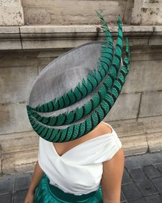"""Sin palabras... 😍 #Tousette #tocado #pamela #invitadaperfecta"" Wedding Hats, Headpiece Wedding, Turbans, Sombreros Fascinator, Fascinators, Race Wear, Ascot Hats, Fancy Hats, Love Hat"