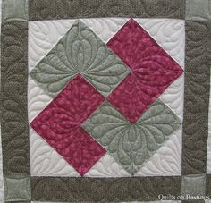 This in a different colorway and using Batiks could be quite ... : quilting tricks - Adamdwight.com