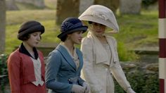 All I need is Lady Mary and Lady Sybil by my side. Downton Abbey Season 1, Downton Abbey Series, Downton Abbey Fashion, Lady Sybil, Lady Mary, Movie Costumes, Summer Hats, Pretty People, Vintage Outfits