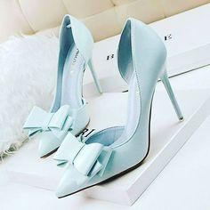 Reposting @my_mall_metro: My Mall Metro Bowknot high heel shoes  Www.mymallmetro.com  #Mymallmetro #fashion #apparel #clothes #designer #dresses #ootd #women #fashionista #fashionlover #fashiondaily #fashionstylist #fashionbloggers #fashionmodel #fashioninstas #shoes