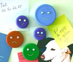 Attach bric a brac to your fridge in style with these home crafted, cost effective Bottle Cap Face Magnets! Plastic Bottle Tops, Reuse Plastic Bottles, Recycled Bottles, Plastic Caps, Bottle Cap Magnets, Bottle Cap Art, Kids Crafts, Arts And Crafts, Bottle Top Crafts