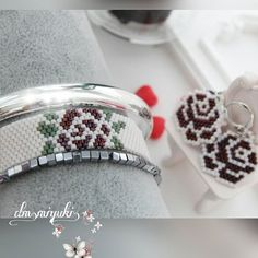 Çiçekli kombinimiz Sipariş ve bilgi için dm den ulaşabilirsiniz⭐ #miyukibeads #miyukibileklik #jewelry #design #handmade #taki #tasarım #dizayn #accessories #fashion #love #like4like #instalove #instagood #instago #miyuki #perlesmiyuki #perlesaddict #bileklik #bracelet #aksesuar #moda #takim #set #flowers #çiçek #style #trend