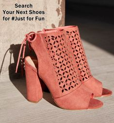 Best Ankle Boots, Knee High Boots, High Heels, Just Fab Shoes, New Shoes, Awesome Shoes, Pelo Corto Lucy Hale, Shoe Boots, Shoes Heels