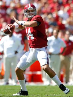Jake Coker #14 of the Alabama Crimson Tide looks to pass against the Middle Tennessee Blue Raiders at Bryant-Denny Stadium on September 12, 2015 in Tuscaloosa, Alabama. (Sept. 11, 2015 - Source: Kevin C. Cox/Getty Images North America)