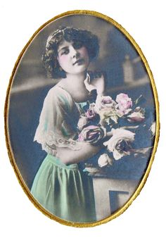 Antique French Woman with Roses Image - Free Printable Image via Knick of Time @ knickoftimeinteriors.blogspot.com