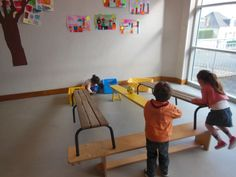 Faire ROULER Monitor, Gross Motor Skills, Teaching, Point, Jeanne, Sports, Free Time, Games, Peda