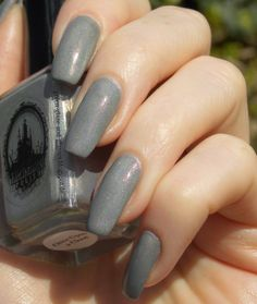 Green, Glaze & Glasses: Lacke in Farbe... und bunt! - Grau (Enchanted Polish - Once Upon A Cloud)