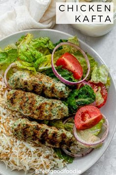 Traditional Lebanese Chicken Kafta us so quick and easy to make with simple ingredients. Serve alongside rice, salad or in a pita with some garlic sauce! Healthy Ramadan Recipes, Healthy Recipes, Snacks Recipes, Tofu Recipes, Healthy Snacks, Healthy Eating, Healthy Grilling, Meals
