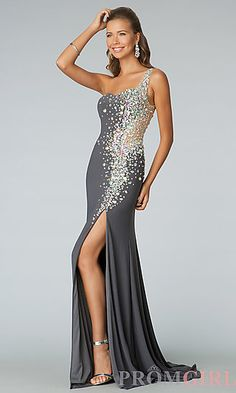 Shop long prom dresses and formal gowns for prom 2020 at PromGirl. Prom ball gowns, long evening dresses, mermaid prom dresses, long dresses for prom, and 2020 prom dresses. Prom Dresses Jovani, Pageant Dresses, Metallic Prom Dresses, Pretty Dresses, Beautiful Dresses, Prom Dresses With Pockets, Short Dresses, Designer Prom Dresses, Evening Dresses