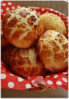 painici laugenbrot Muffin, Baking, Breakfast, Food, Pretzel Bun, Morning Coffee, Bakken, Essen, Muffins