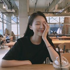 Girl Bad, Uzzlang Girl, Hey Girl, Korean Picture, Korean Girl Photo, Girl Photo Poses, Girl Photos, Korean Photography, Very Pretty Girl