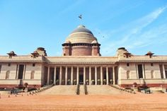 India Gate Timings, Entry Fee, History, Architecture (With Pictures) - Travel India Travel British Architecture, Indian Architecture, Historical Architecture, Parliament Of India, Houses Of Parliament, 2 Days Trip, One Day Trip, Lodi Gardens, Arch Of Constantine
