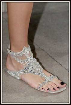 Beautiful shoes! I'm dying!  The perfect pair of bridal sandals to change into after the reception and for the honeymoon!  WDW (WEDDING DAY WEEKLY) BLOGGING FOR BRIDES