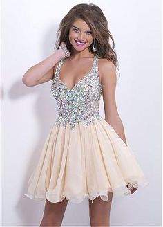 Charming Lace & Chiffon A-line Halter Neckline Short Homecoming Dress With Rhinestones