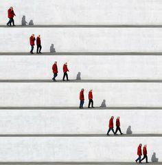 Wall People: collage fotografico d'Eka Sharashidze