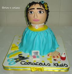 Hairdresser - bolosecoisas.blospot.com or www.facebook.com/bolosecoisas