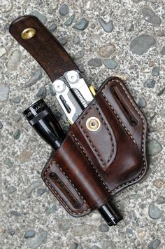 Always have your favorite multitool and flashlight close at your side with this handcrafted belt sheath for your Leatherman Signal and Mini Maglite. Made from thick, top quality vegetable tanned cowhide, this case is carefully hand molded for a perfect and secure fit. The edges have