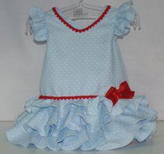 8122ce7750 Traje de gitana flamenca para bebe niña de popelín celeste con lunares  blancos, adornado con