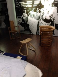 Savoir Beds in Shanghai hosted an event for Angus Ross, creator of exquisite wooden furniture from Aberfeldy in Scotland.