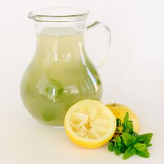 Mint Lemonade w/ Raw Honey & Mint Ice Cubes! Great way to use my mint & honey from the Farmer's Market! 5 lemons, 10 leaves – mint, 2 Tb honey. Bring 4 c water to a boil. Rinse the mint & juice enough lemons to make 3/4 c of lemon juice. Once water begins to boil, turn off heat, add mint & honey. Stir well. Let sit for 5-10 min. Combine mint water w/ lemon juice in a glass pitcher. Pour over mint ice cubes to chill!