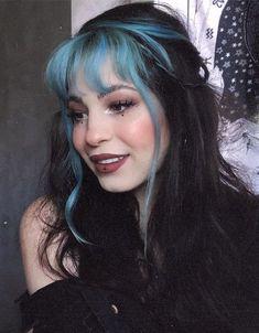 Stunning Blue Hair Dye Ideas with Bang Style for Girls Hair Color Streaks, Hair Dye Colors, Hair Color Blue, Cool Hair Color, Unique Hair Color, Weird Hair Colors, Black Hair With Color, Punk Hair Color, Hair Colour Ideas