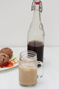 Iced Chai Lattes at Home - Savvy Eats - Kleine Welt von Mia Iced Chai Latte Recipe, Iced Chai Tea Latte, Lunch Smoothie, Smoothie Bar, Smart Points, English Breakfast Tea, Vanilla Chai, Cupcakes, Cuppa Tea