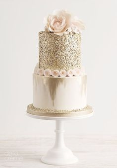 Choose which one is favorite amazing wedding cakes above. You can use this as a good reference for your wedding cake design Beautiful Wedding Cakes, Gorgeous Cakes, Pretty Cakes, Amazing Cakes, Contemporary Wedding Cakes, Bolo Cake, Engagement Cakes, Mod Wedding, Glitter Wedding