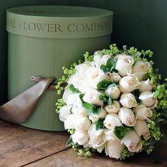 Ivory Peony Rose Hat Box - wld look awesome as a bridal bouquet! Pond Wedding, Wedding Reception Flowers, Floral Wedding, Ivory Wedding, Friendship Flowers, Wedding Design Inspiration, Rose Hat, Flower Company, Peony Rose