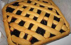 Piperatoi.gr: Η πιο εύκολη ζύμη για πάστα φλόρα με ότι μαρμελάδα μας αρέσει Hot Dog Buns, Hot Dogs, Sweet Tarts, Yummy Food, Sweets, Bread, Dessert Ideas, Cooking, Desserts