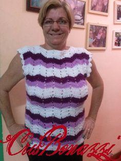 BLUSA DE CROCHÊ PONTO ZIG ZAG, FEITA EM LÃ OU EM LINHA. VÁRIOS TAMANHOS Zig Zag Crochet, Crochet Top, Women, Fashion, Crochet Blouse, Line, Outfits, Moda, Fashion Styles