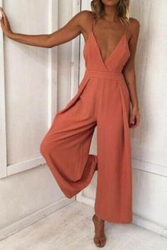 Lady Backless Long Jumpsuits Women Solid Back Bow Flare Leg Playsuit V-neck Sexy Beach Loose Jumpsuit Backless Jumpsuit, Casual Jumpsuit, Jumpsuit Outfit, Elegant Jumpsuit, Summer Jumpsuit, Tailored Jumpsuit, Ladies Jumpsuit, Black Jumpsuit, Romper Suit