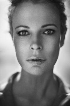 Kim Basinger. So beautiful.