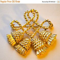 Tassle Rope Brooch  Stunning Rope Knot Four Tassel Motif Brooch with Rich Finish Gold Toned Metal