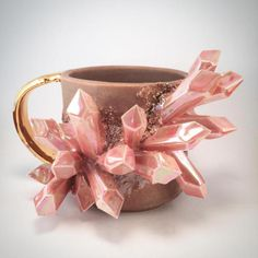 Essarai Ceramics creates custom ceramic mugs that ride the fine line between ceramic art and practical object. They're bursting with crystals! Ceramic Mugs, Ceramic Art, Coffee Cups, Tea Cups, Colossal Art, Cool Mugs, Objet D'art, Tea Set, Artisan Jewelry