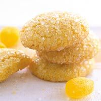 Easy lemon sugar snaps...Need to make cookies fast? Try this recipe, which uses a lemon cake mix to save time.